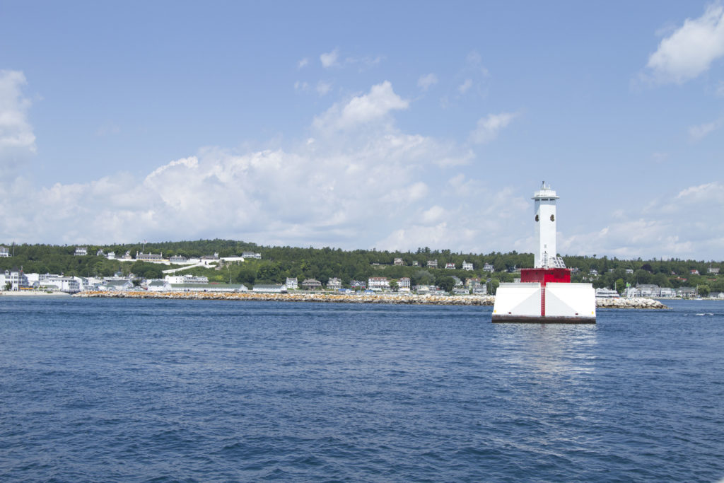 Mackinac island michigan for Mackinaw city fishing charters