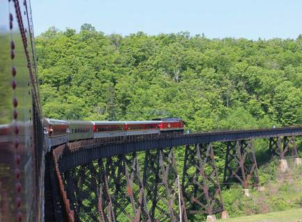 agawa-canyon-tour-train