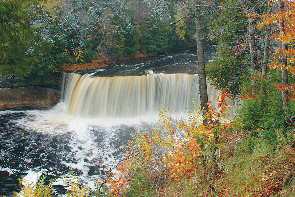 Tahquamenon falls for Mackinaw city fishing charters