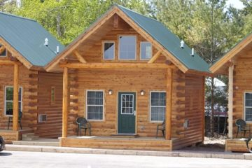 Cabins & Cottages Mackinaw City Michigan