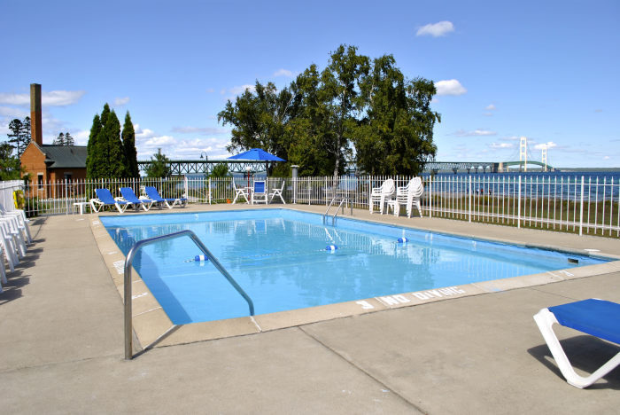 Riviera Motel Mackinaw City Mi